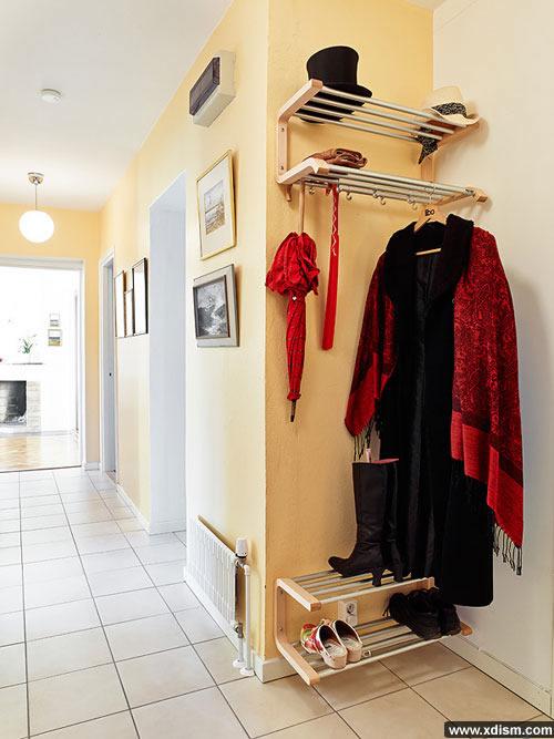 《瑞典设计师打造温馨公寓 小空间大容量》