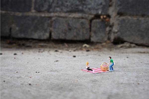 《微缩玩具摄影 小人物与大社会》