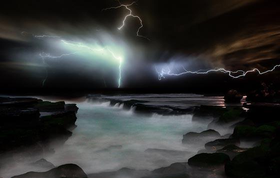 《散射结构的美学 迷人的闪电》