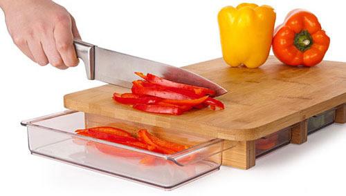 《方便贴心的多功能菜板 抽屉式切菜板》