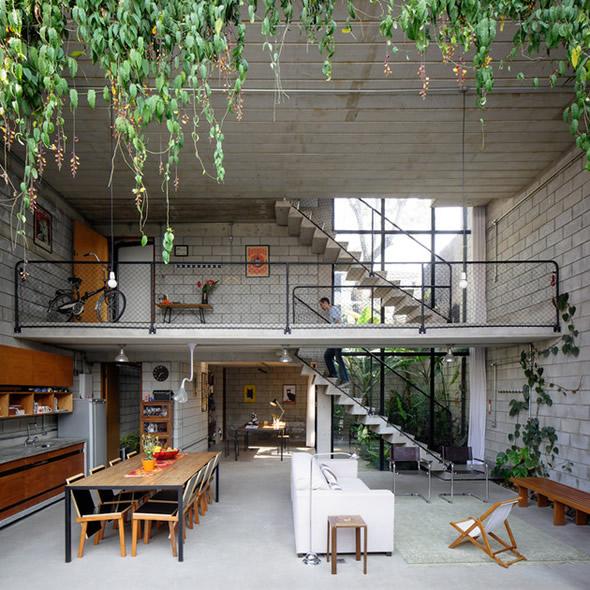 《舒适的城市家庭设计 庭院一样的开放式设计》