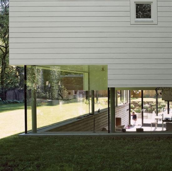 《结构交错有趣的创意房屋设计》